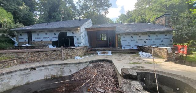 Atlanta, GA - Large renovation project starting with James Hardie Siding Installation