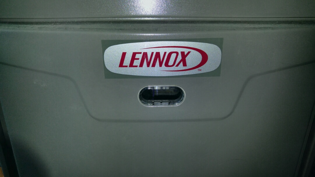 Niagara Falls, ON - Maintenance call. Performed furnace maintenance on Lennox unit.