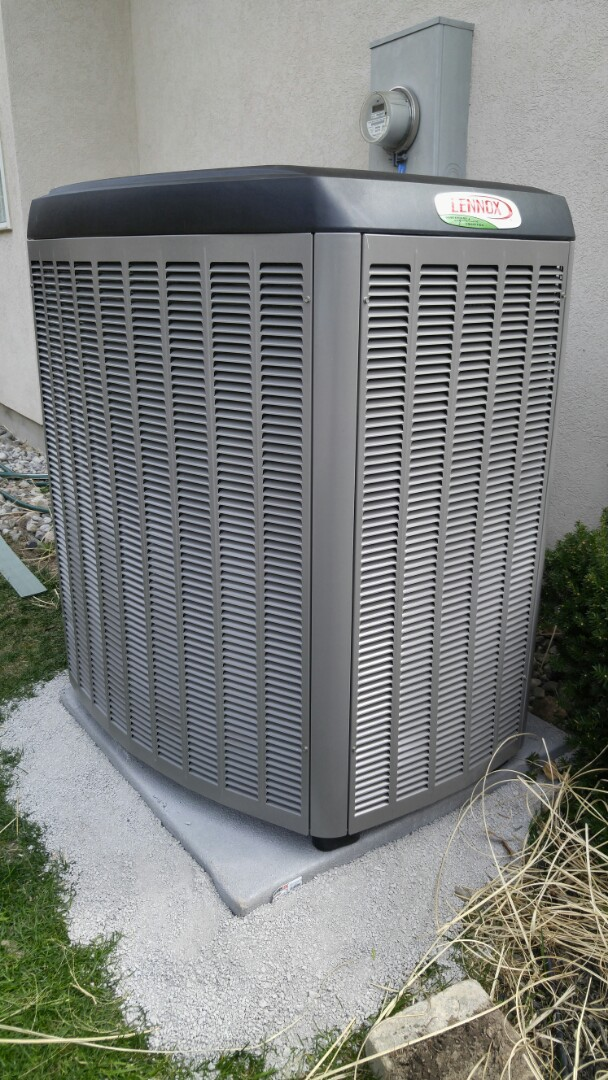 Niagara-on-the-Lake, ON - Installation. Installed lennox furnace and air conditioner units.