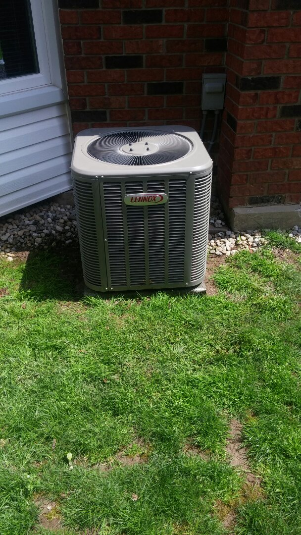 St. Catharines, ON - Inspection and leak repair on central air-conditioner.