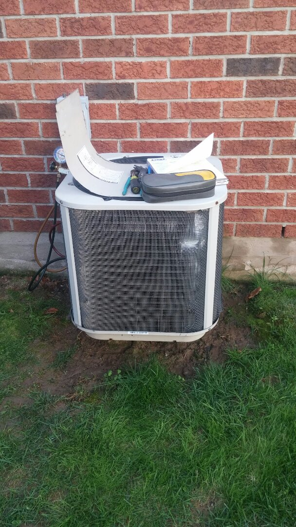 Niagara Falls, ON - Maintenance and repair of Keeprite air conditioner.