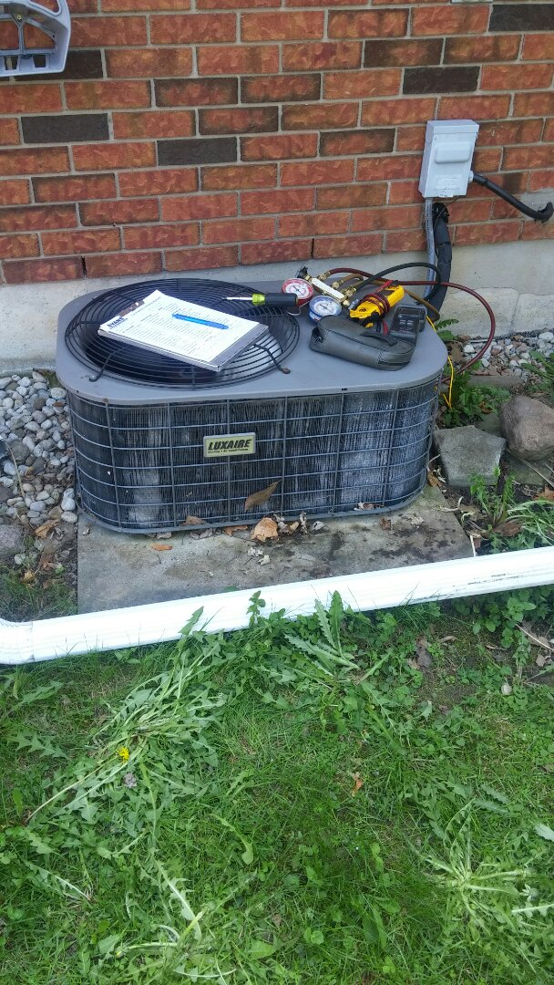 Thorold, ON - Maintenance and inspection of Gibson furnace and Luxaire air conditioner.