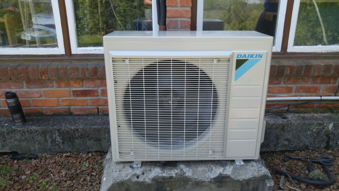 Niagara-on-the-Lake, ON - Installation call. Installed Daikin ductless air conditioner.