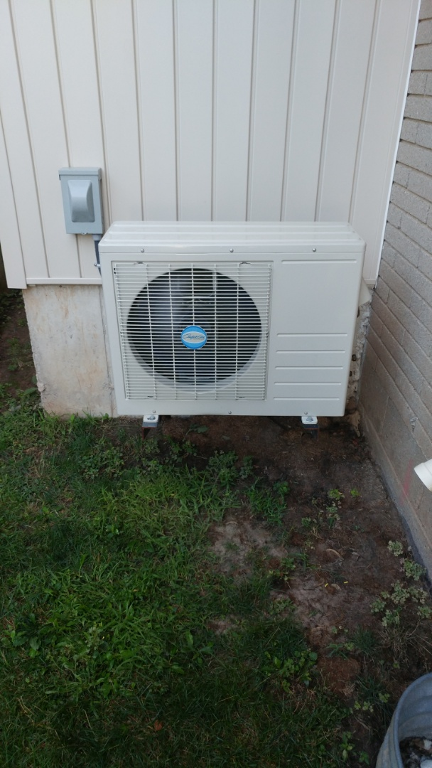 Niagara Falls, ON - Replace circuit board on Comfortaire ductless air conditioner.