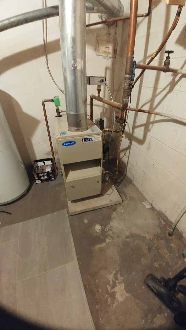 Niagara Falls, ON - Maintenance and inspection of Carrier boiler.