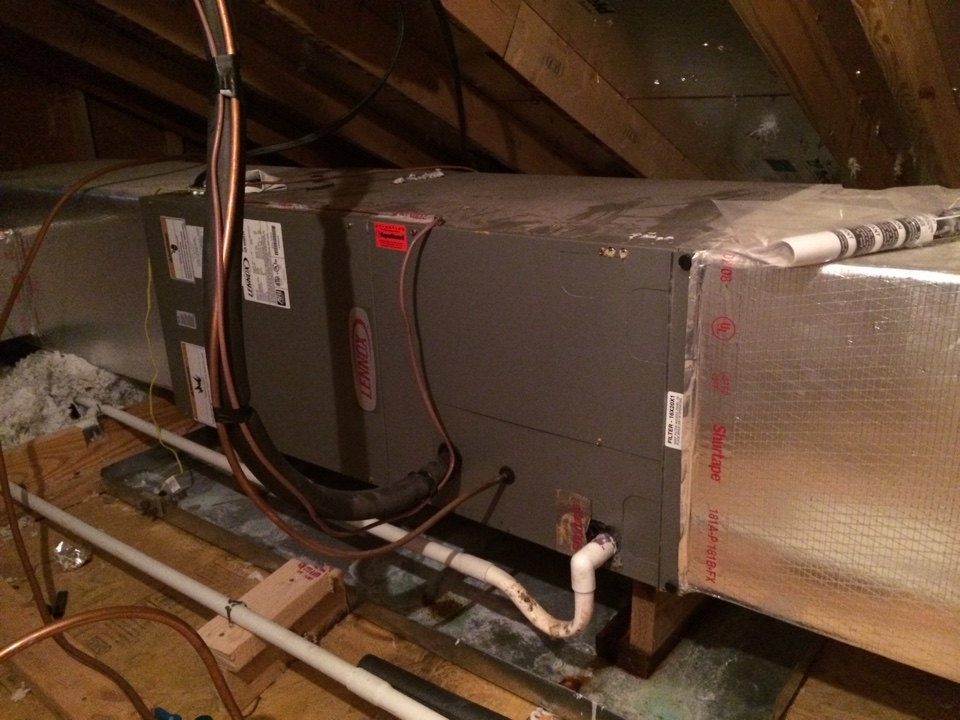 Working on a Lennox Air Conditioner