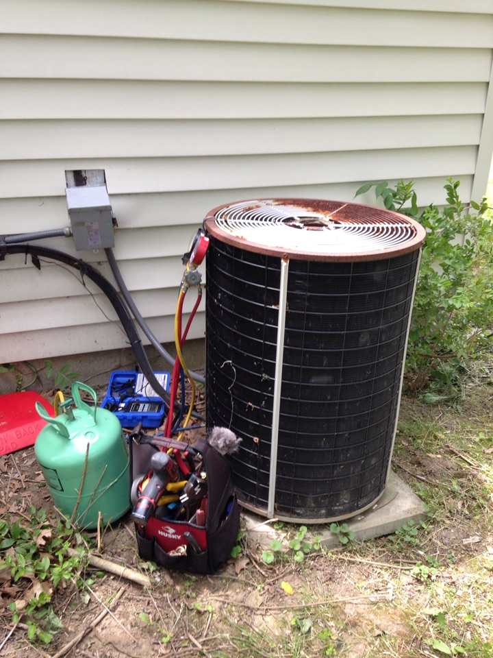 Greenwood, IN - Certified air conditioning repair. From hot to cool with one phone call. Skip the rest dial the best, Johnson Heating  and Cooling!