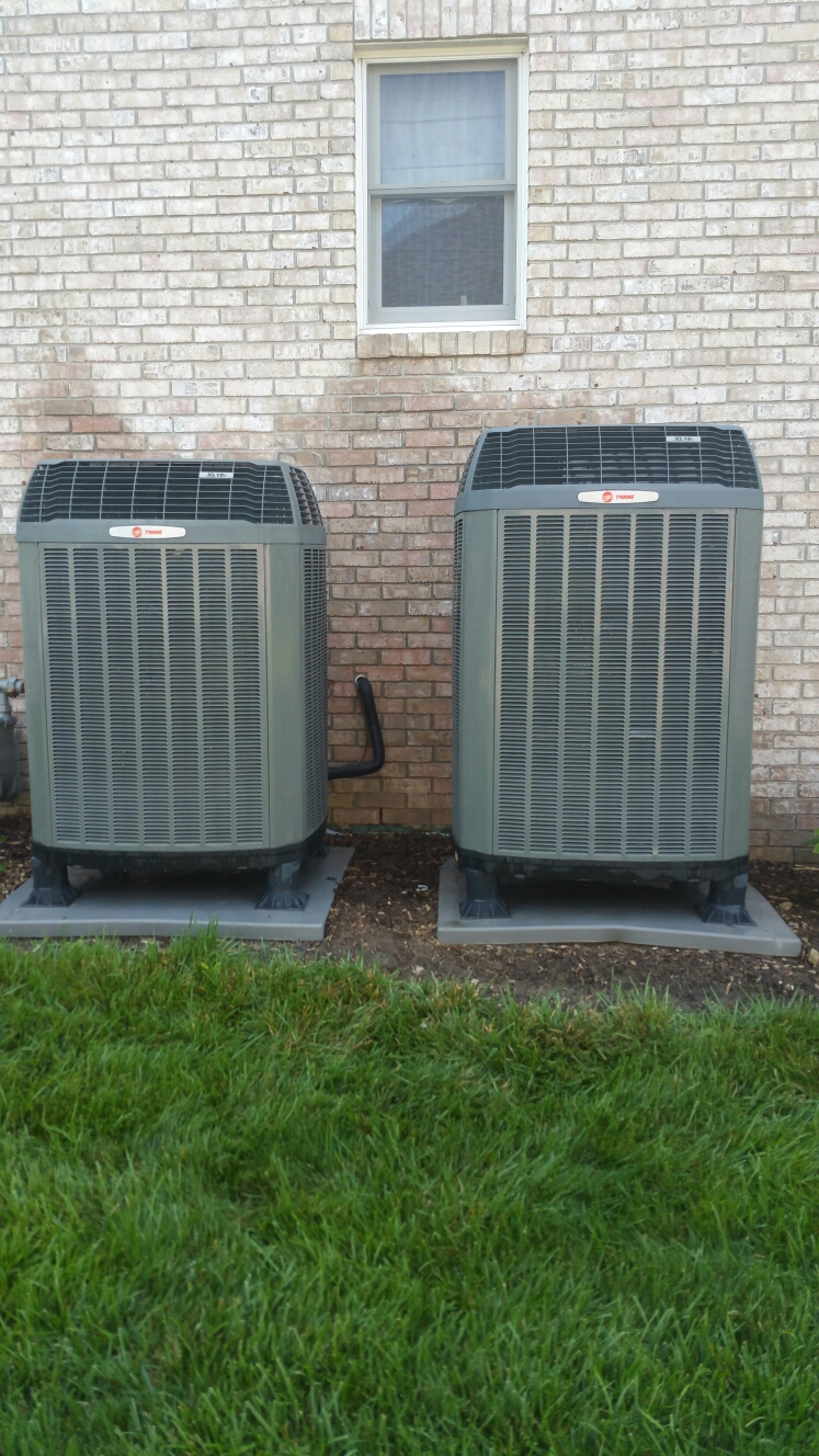 Greenwood, IN - Air conditioning clean and check