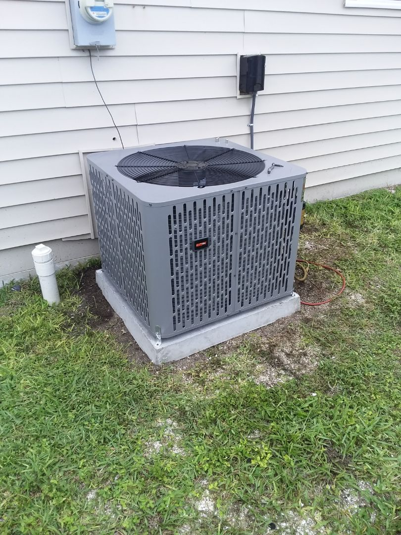 Flagler Beach, FL - Heat pump install.  S. Daytona Ave. Flagler Beach