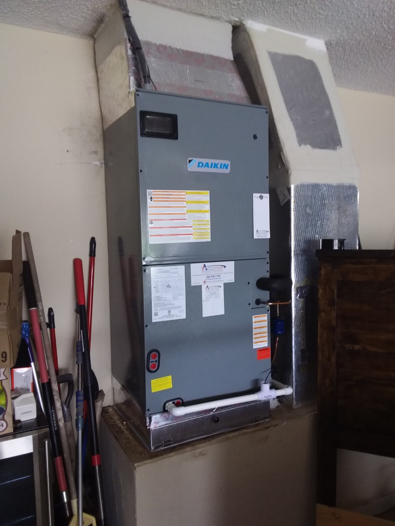 Palm Coast, FL - Daikin  heat pump install.  Palm Coast