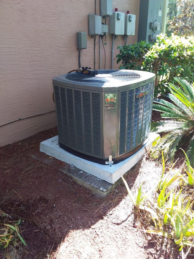 Flagler Beach, FL - Heat pump install.  Palm Coast. R Section