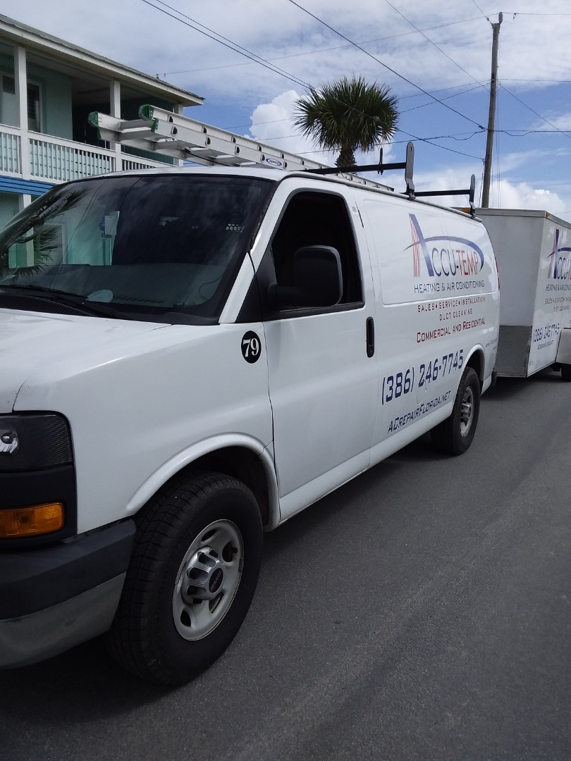 Ormond Beach, FL - Duct Repairs for a super nice family out in Surfside Estates. Their HVAC system is going to be so much more efficient this summer!