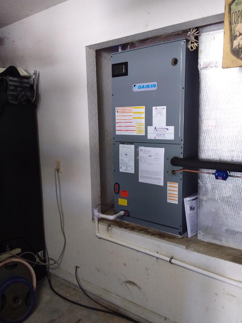 Palm Coast, FL - 4 ton 17 SEER Daikin Fit inverter system
