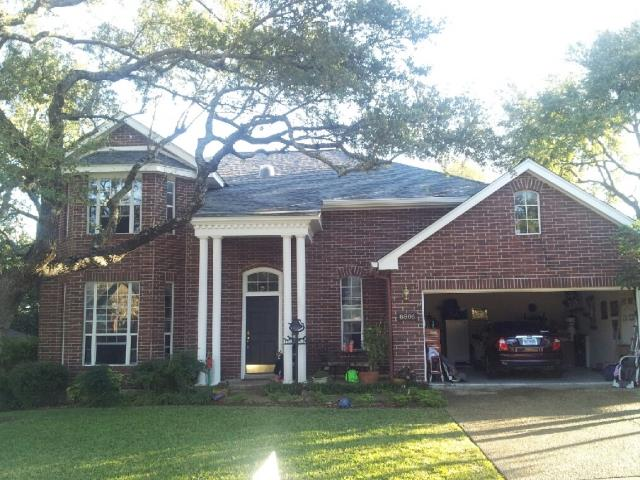 San Antonio, TX - Roof replacement on this stunning two story San Antonio home using O.C. Estate Gray shingle.