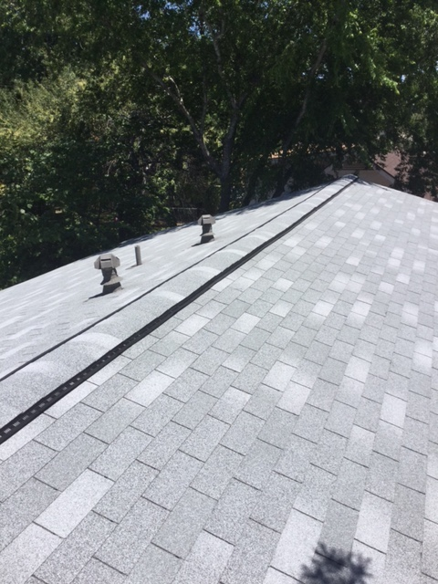 San Antonio, TX - Recently installed a new roof for around in the San Antonio area off I-10 & Huebner. Beautiful Owens Corning Shingles.
