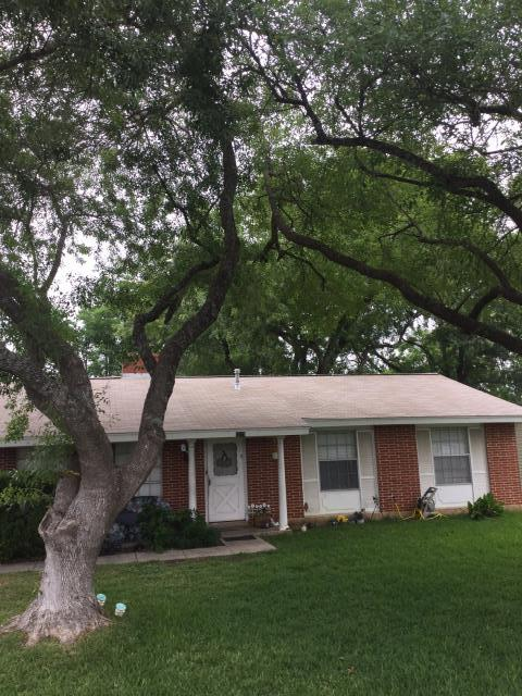 San Antonio, TX - New roof right in the Windcrest area of San Antonio. If you are near here and need a roof or even a repair, call the roofing contractors of Integrity Roofing & Siding for a free estimate today!