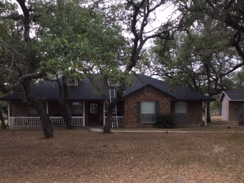 Natalia, TX - This beautiful home based out in Natalia, Texas just had their roof completed by the roofing contractors at Integrity Roofing & Siding. Although we are based in San Antonio, we will come out to you home and help outside of the San Antonio area. Call for a FREE ESTIMATE 210-340-ROOF.