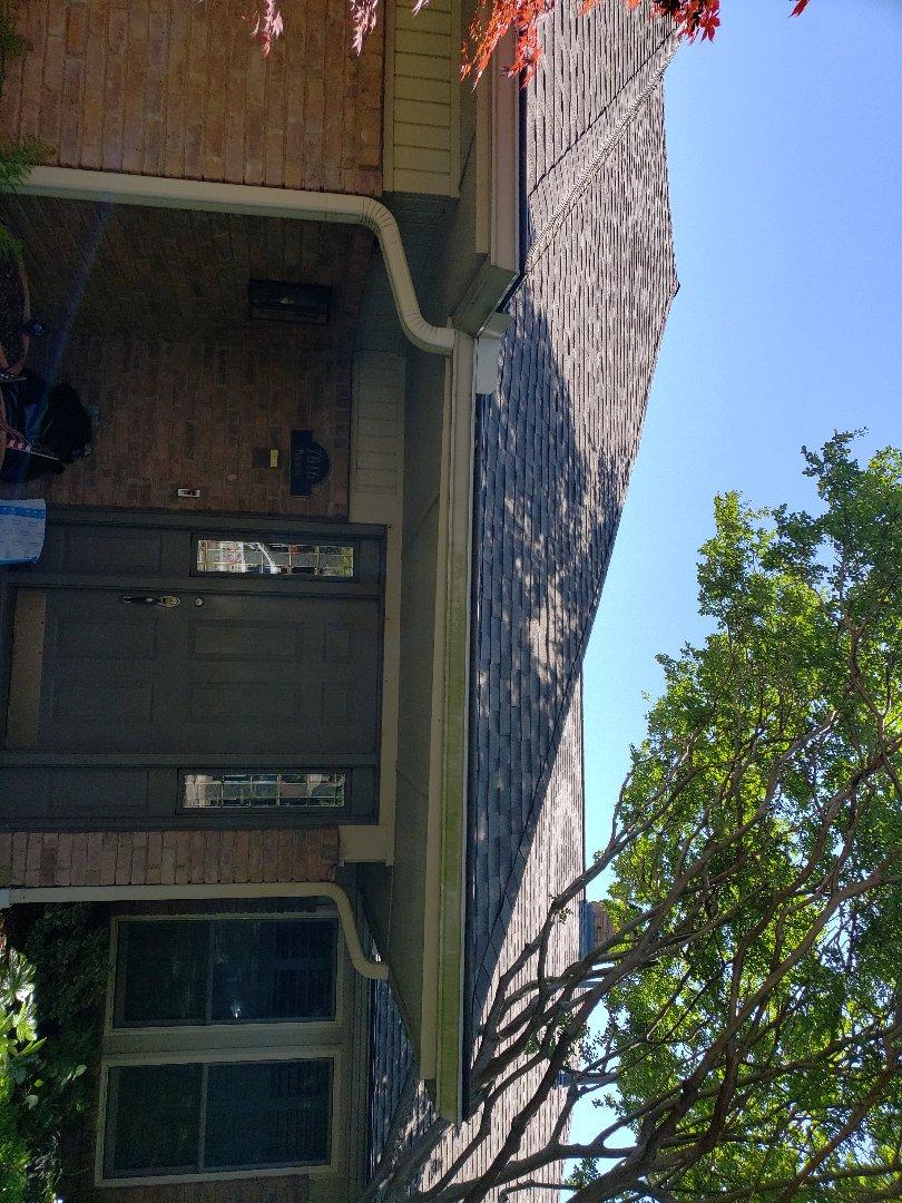 Dallas, TX - Roof leak