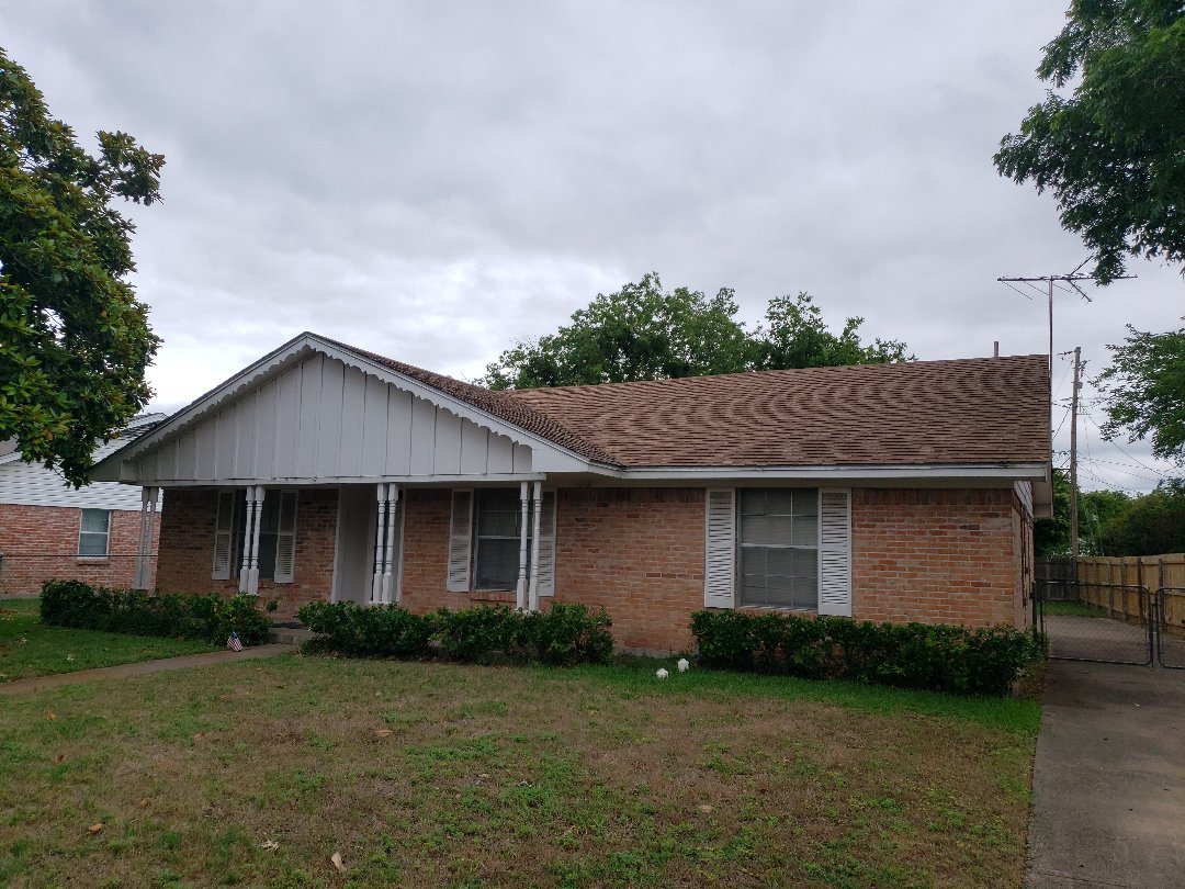 Dallas, TX - Measuring a roof for replacement