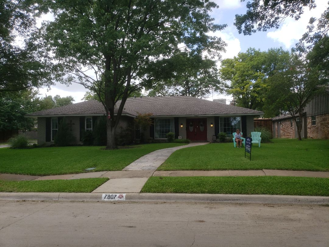 Dallas, TX - Quality assurance check on this new roof replacement.