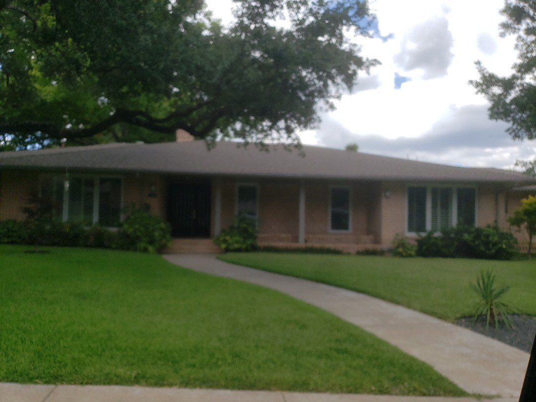 Dallas, TX - Roof inspection for a previous customer that purchased this house within the last year