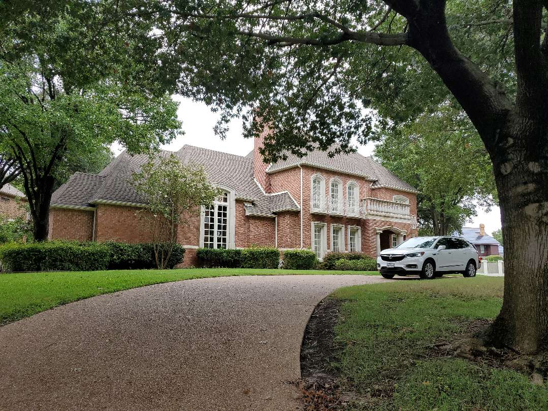 Plano, TX - New roof inspection,  its trashed.
