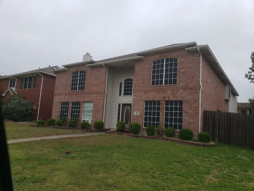 Rockwall, TX - Looking for a solution to a tricky roof leaf on this 3 tab 2 story roof.