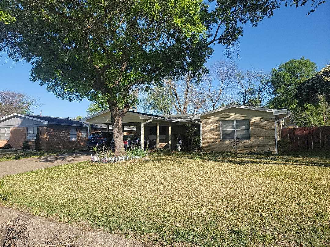 Dallas, TX - Storm damage and general roof condition inspection.