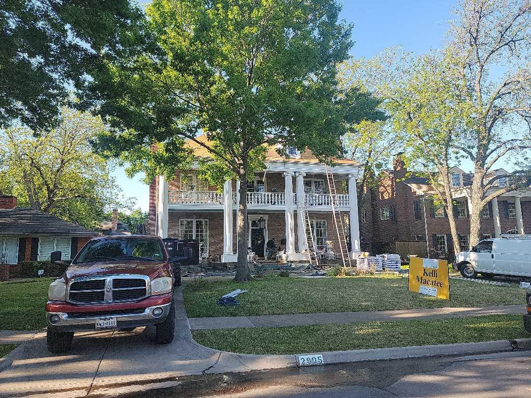 Dallas, TX - Installing a GAF roof in Highland Park, Texas