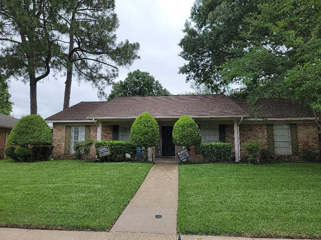 Dallas, TX - Looking for a roof leak repair and inspecting the roof for hail damage. 13 year old roof.