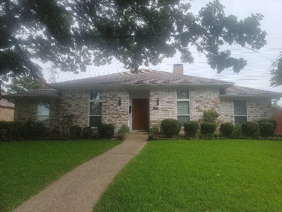 Dallas, TX - Free roof inspection for hail damage and also trying to find the source of a leak.