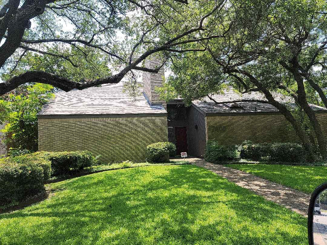 Dallas, TX - Stopped by to paint the chimney flashing that was replaced during a recent repair.