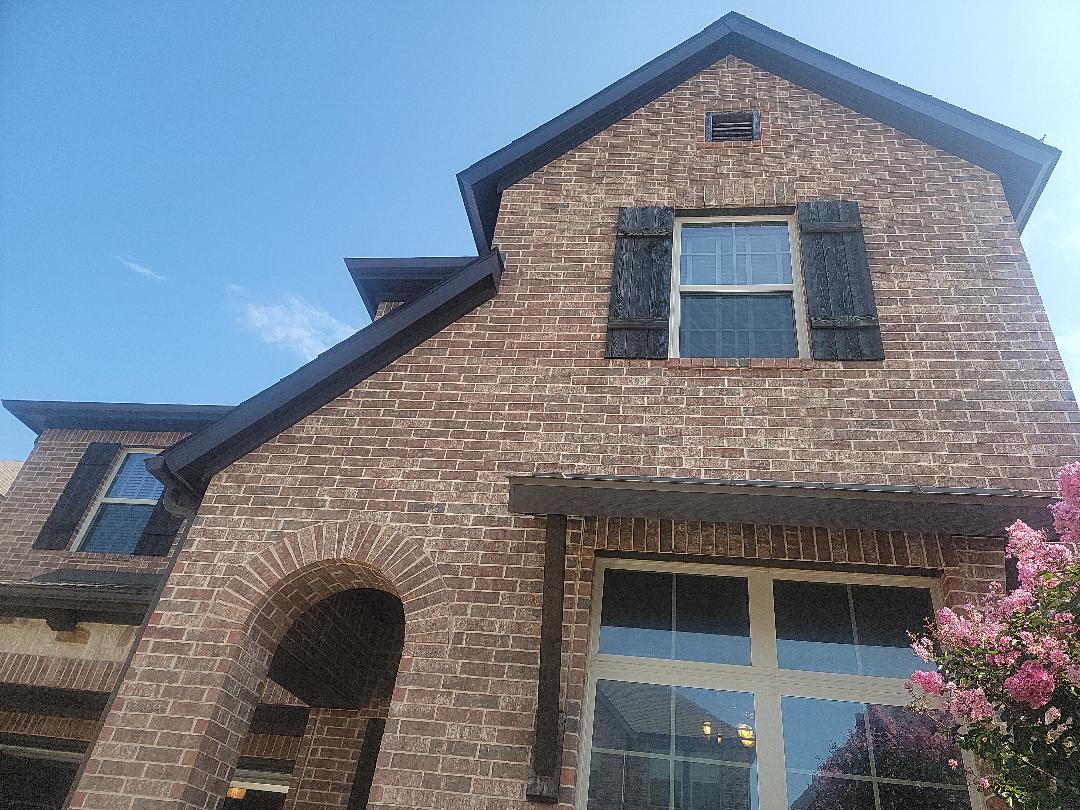 Plano, TX - House under contract for sale needs roof repairs per the inspection