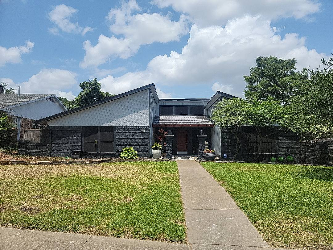 Richardson, TX - Measuring roof to quote a metal replacement.