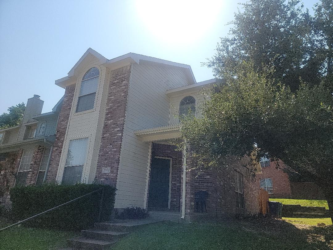 Garland, TX - Inspecting a roof so I can provde a bid to repair or replace the roof.