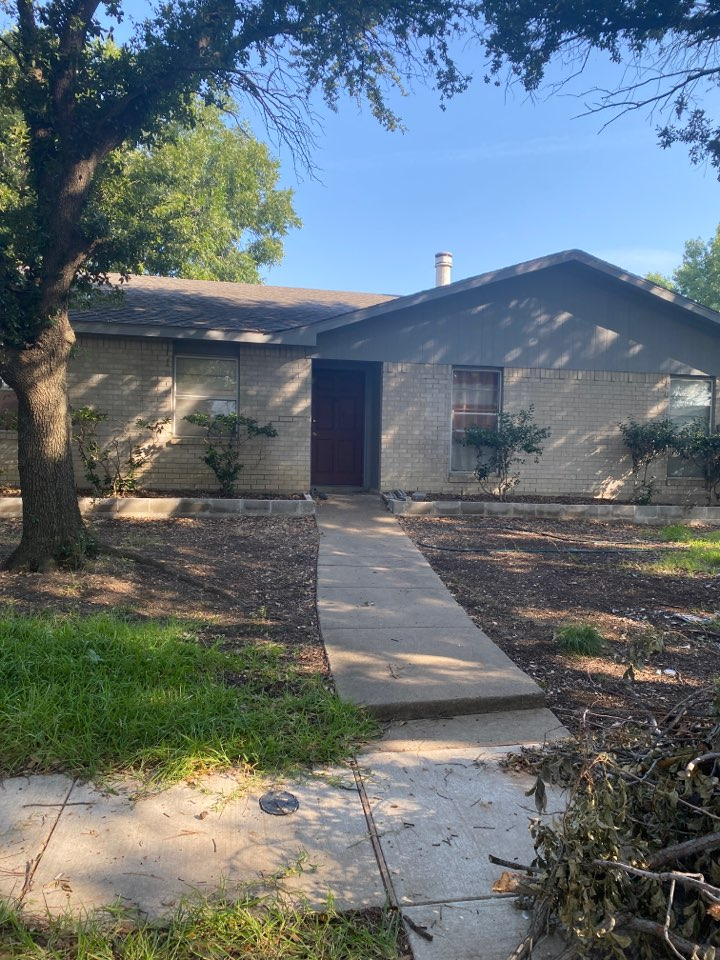 Carrollton, TX - Free roof inspection for possible wind damage.