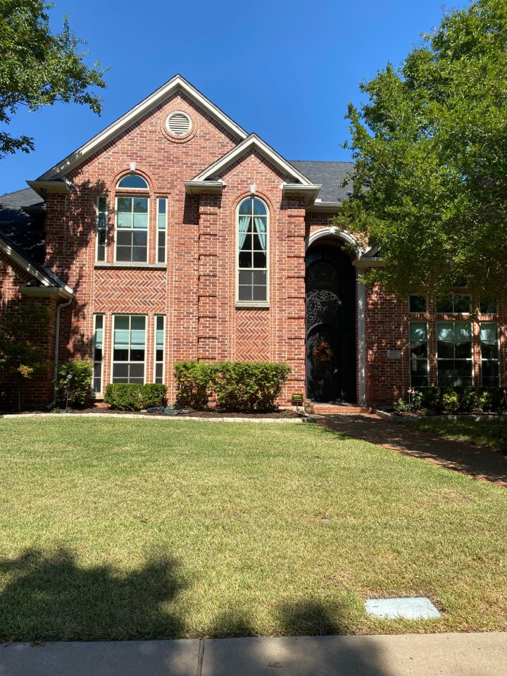 Dallas, TX - Free roof inspection for possible wind and hail damage
