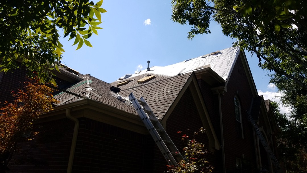 Coppell, TX - Installing a new GAF HD Roof