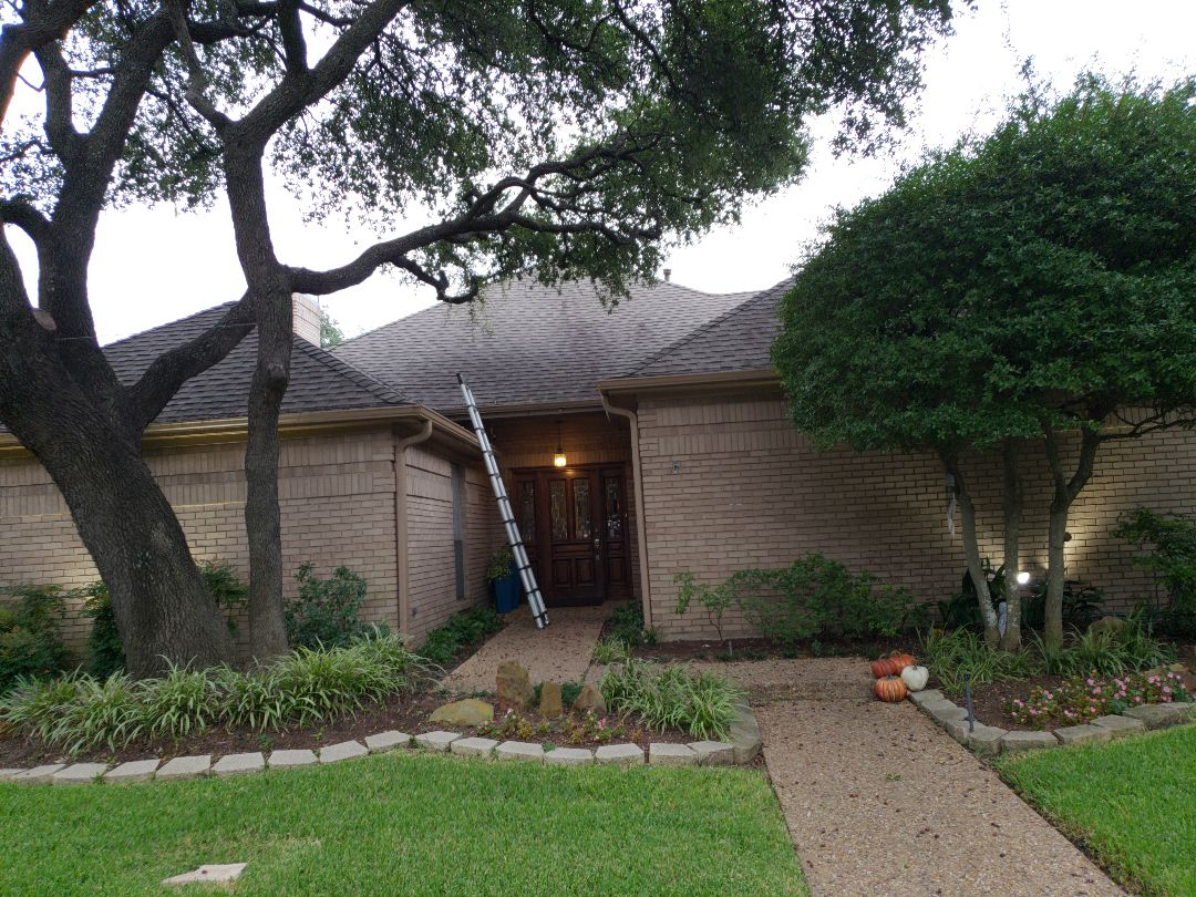 Dallas, TX - Looking for storm damage on this one story ranch in Dallas