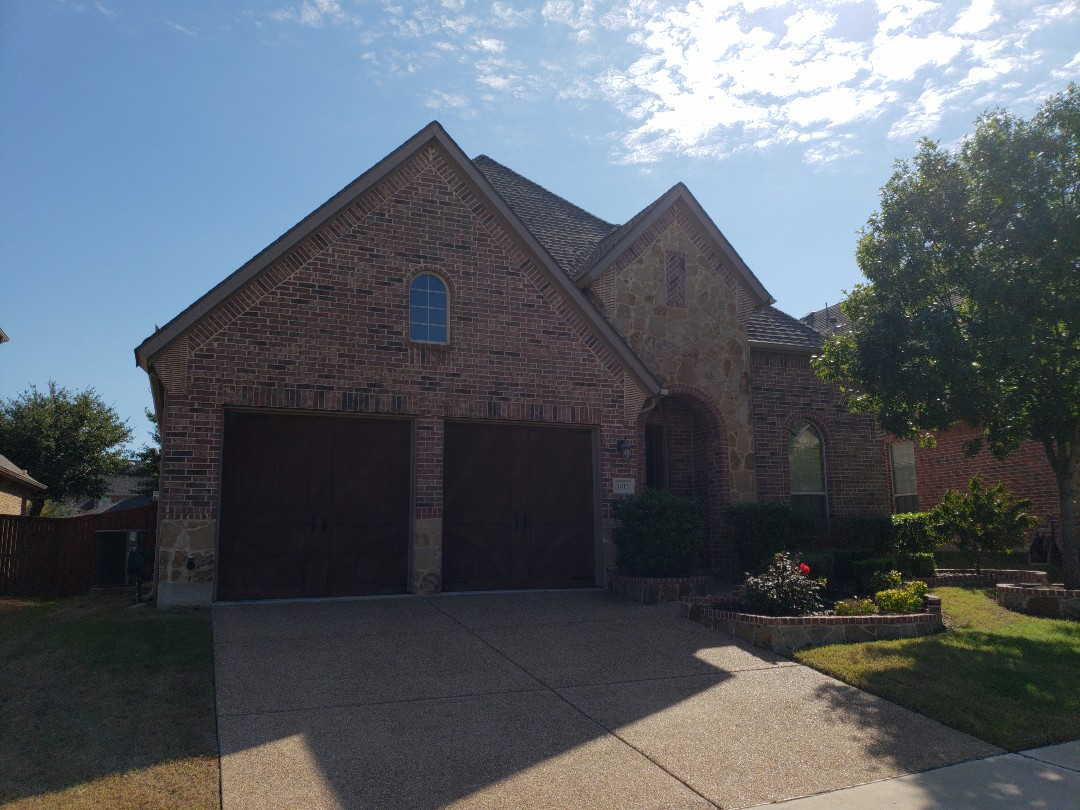 Frisco, TX - Roof inspection for a buyer of this home.