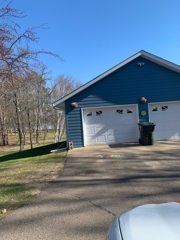 Brainerd, MN - Adding Valor gutter protection to keep the gutters clean from debris and Pineneedles call Advantage Seamless Gutters your gutter experts in the lakes area in Lake country