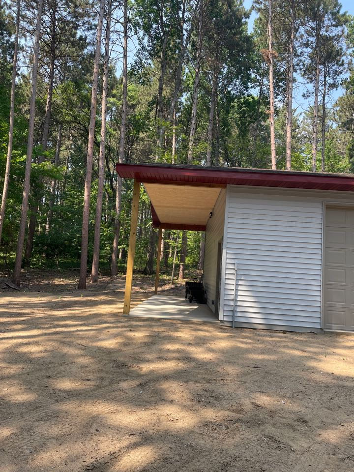 Nisswa, MN - Even your garage should be protected with Gutters CALL Advantage The Seamless The Gutters the gutter experts in the Lakes area in Lake country