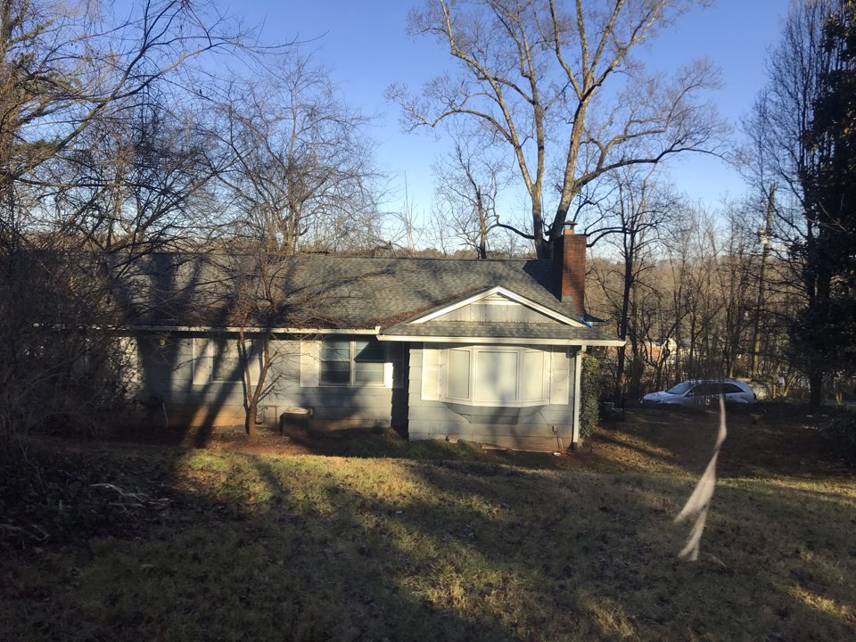 Knoxville, TN - Tree damage roof repair