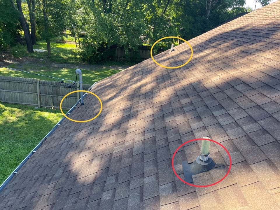 Knoxville, TN - Quoting roof repairs