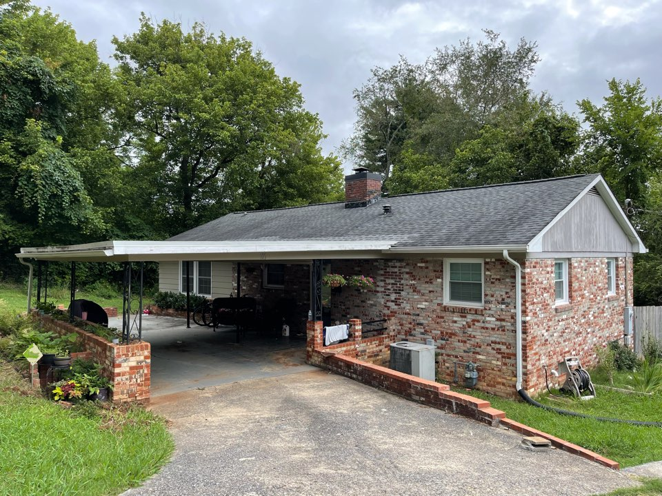 Knoxville, TN - Quoting gutter replacement