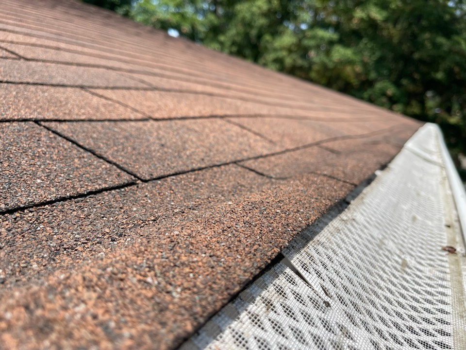 Knoxville, TN - Quoting roofing repairs