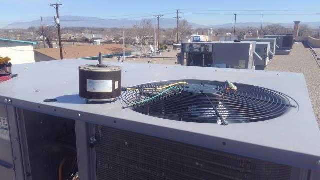 Albuquerque, NM - Replace faulty condenser fan motor