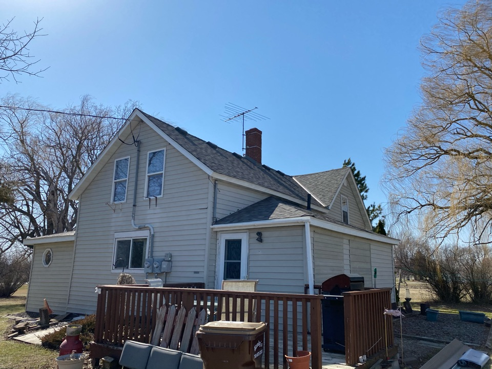 Loretto, MN - Another hail damaged roof replacement Loretto MN. Owens Corning Duration Driftwood.