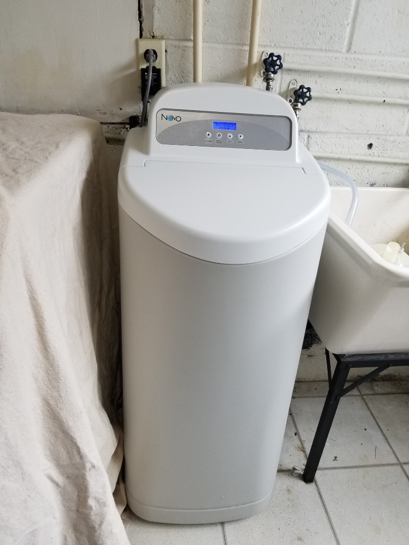 Oreland, PA - Hard water service call in Oreland. check water hardness - 22 grains of hardness. install new Novo Water softener. check water harness - water is very soft - 0 grains of hardness.