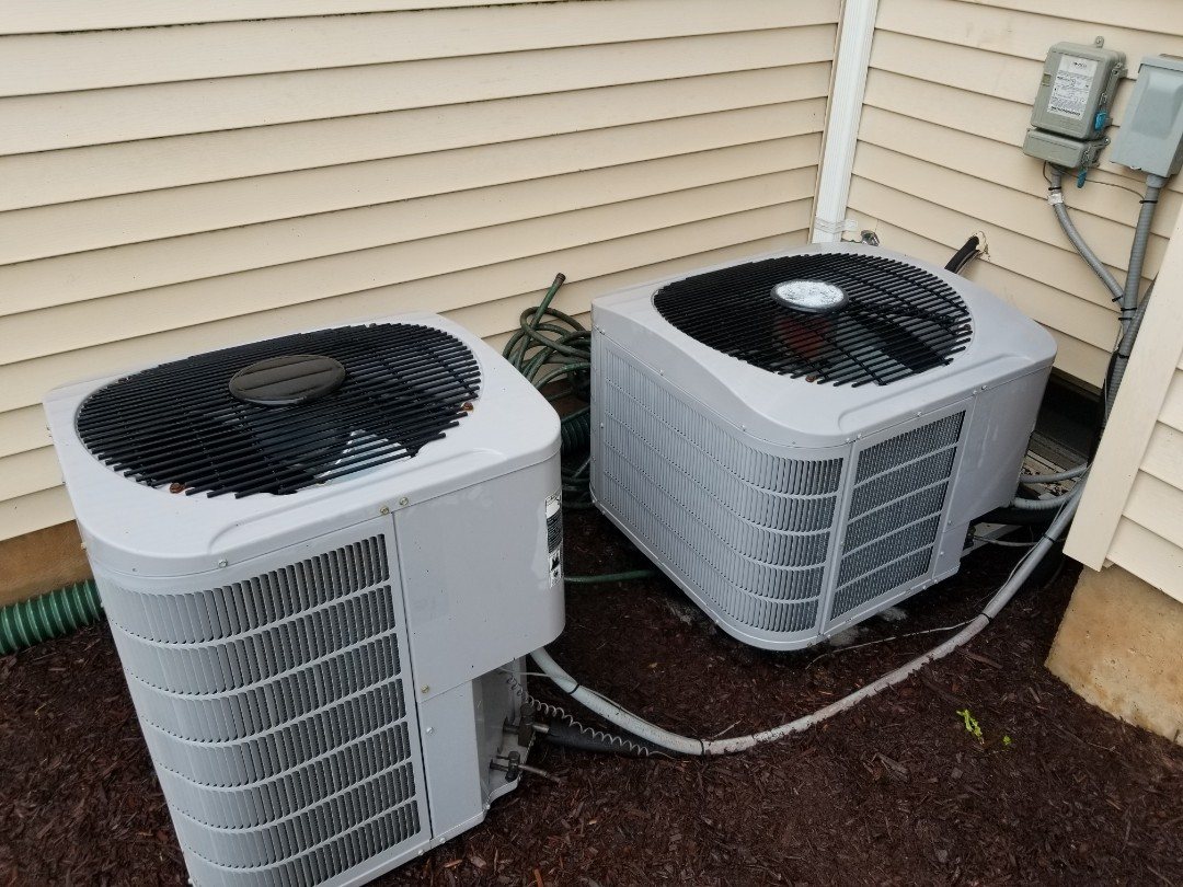 Furlong, PA - Annual maintenance / tune up service in Furlong. performed tune up for two carriers air conditioning systems. check freon pressure. clean outdoor unit. check compressor, check motor operation.